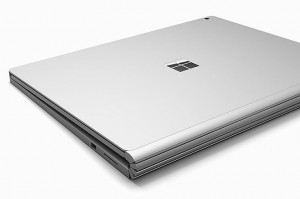 Microsoft lanseaza primul lor laptop -Surface Book